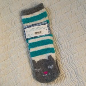 Bath & Body Works Other - NEW Bath and BodyWorks Lounge Cat Warm Fuzzy Socks